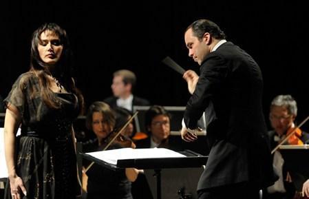 """Концертная версия """"Набукко"""" на сцене Мариинского театра"""