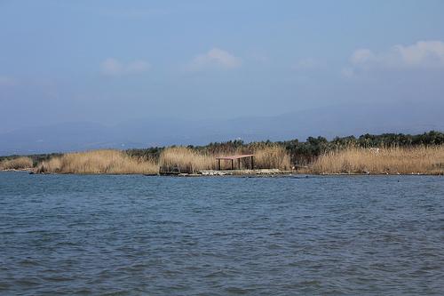 Лагунное озеро Лезина
