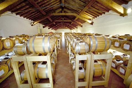 http://italia-ru.com/files/acetaia_tradizionale.jpg