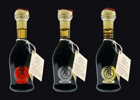 http://italia-ru.com/files/aceto-balsamico-re.jpg