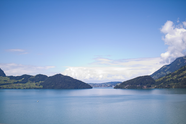 Озеро Швейцария