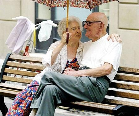 http://italia-ru.com/files/anziani-coppia.jpg