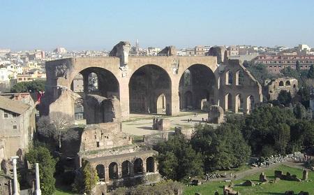 http://italia-ru.com/files/basilica_massenzio.jpg