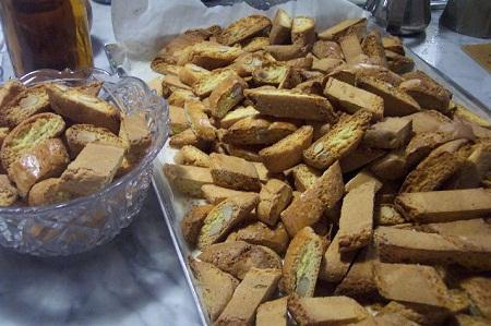//www.italia-ru.it/files/cantuccini.jpg
