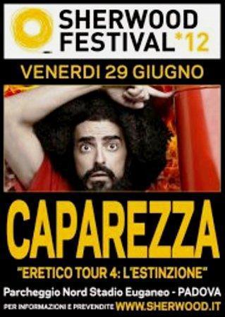 http://italia-ru.com/files/caparezza-_it.jpg
