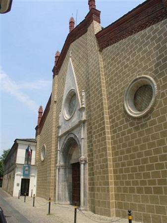 http://www.italia-ru.it/files/chiesa_san_francesco-cuneo.jpg