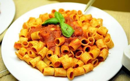 http://italia-ru.com/files/dieta-mediterranea1.jpg
