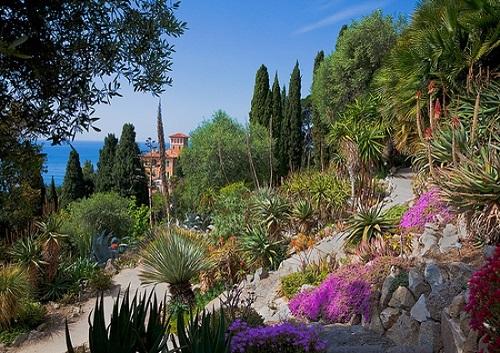 http://italia-ru.com/files/giardinihanbury.jpg