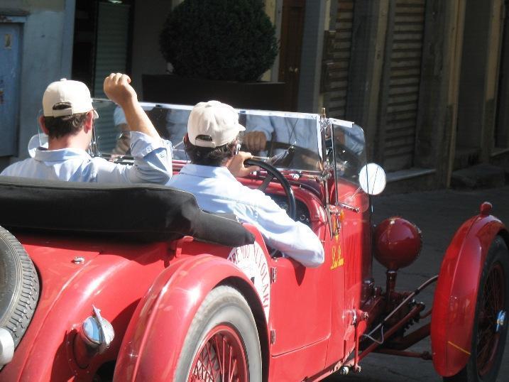 http://www.italia-ru.it/files/gran_premio_nuvolari_17sett2011_073.jpg