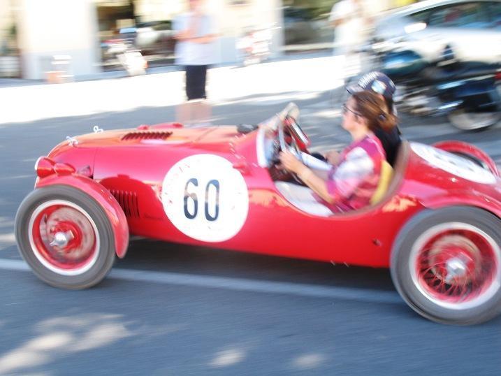 http://www.italia-ru.it/files/gran_premio_nuvolari_17sett2011_167.jpg