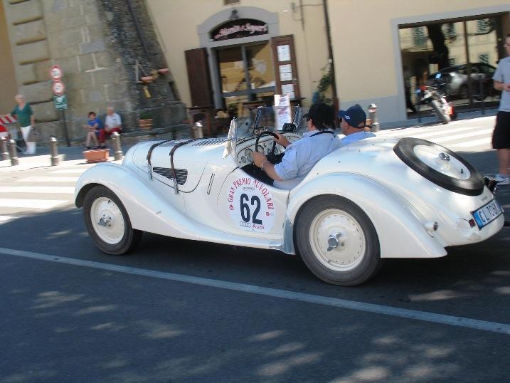 http://www.italia-ru.it/files/gran_premio_nuvolari_17sett2011_172.jpg