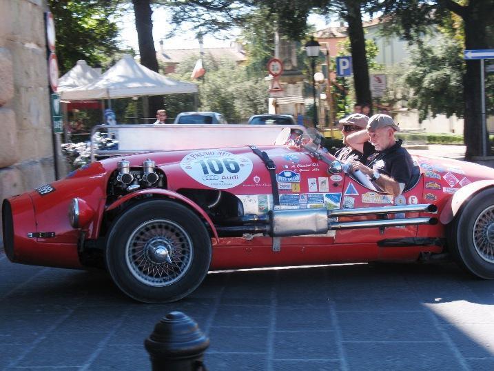 http://www.italia-ru.it/files/gran_premio_nuvolari_17sett2011_359.jpg