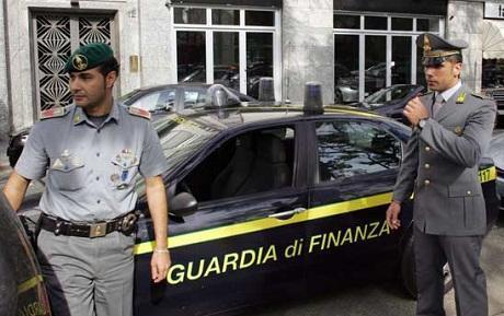 http://italia-ru.com/files/guardia_di_finanza.jpg