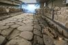 Древнеримский тракт, обнаруженный при строительстве Макдональдса под Римом, тепе