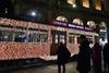 """Рождественская """"изюминка"""" Миланa: здесь каждый может увидеть трамвайчик Санта-Кл"""