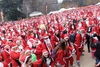 "Милан: Санта-Клаусы ""в бегах"" - Фото"
