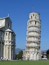 Падающая башня в Пизе выпрямляется