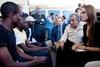 Звезда Голливуда Анджелина Джоли посетила Лампедузу, где встретилась с беженцами