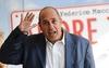 Известный итальянский писатель и режиссер Федерико Моччиа был избран мэром одной