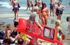 Итальянцы даже на отдыхе не могут обойтись без мобильных телефонов