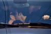 Многие итальянки в первый раз предпочитают целоваться...в автомобиле
