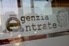 Итальянцу, державшему вчера заложников в здании налоговой службы, грозит до 8 ле