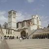 Популярный у туристов город Ассизи за последние 20 лет опустился на 15 сантиметр