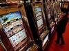 У итальянки, выигравшей 117 тысяч евро, украли счастливые билеты на выходе из иг