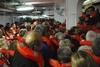 Русские туристы заплатили за то, чтобы первыми спастись с тонущего лайнера Costa