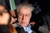 Лидер крупнейшей итальянской партии «Лига Севера» подал в отставку