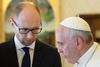 Премьер-министр Украины Яценюк встретился с Папой Римским и Маттео Ренци