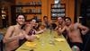 Необычная итальянская антикризисная инициатива: бесплатный ужин клиентам, которы