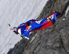 Россиянин Валерий Розов совершил экстремальный прыжок с итальянской стороны Монб