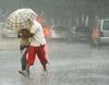 После жаркой погоды на Италию обрушился циклон, несущий дождь, ветер и град