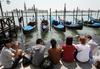 """Туризм в Венеции: губернатор Венето: """" """"Нет"""" платным билетам для посещение лагун"""