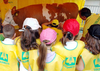 Итальянские дети за развлечениями отправляются на фермы