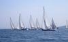 У берегов Сардинии загорелась яхта, члены экипажа спасены