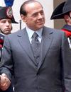 Берлускони призывает итальянцев не менять привычный им образ жизни