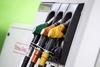Рекордные снижения цен на бензин в Италии: на Севере минимальные пики достигают