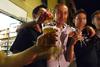 В Неаполе любителей выпить лишнего развозит «доброе такси»