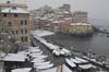 Из-за снегопада и сильных морозов в Италии нарушено движение транспорта и закрыт