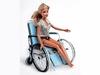 Во Флоренции знаменитую куклу Барби посадили в инвалидную коляску для того, чтоб