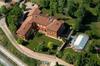 Марк Цукерберг покупает замок в Пьемонте