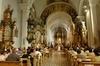 В Италии в скором времени, возможно, даже церковь будет платить налоги