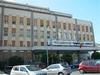 В больницу Палермо встречать новорожденную пришли сразу три отца