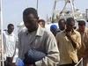 Нелегалы: высадка с парусной лодки в Италии