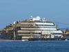 Коста Конкордия будет отбуксирована к берегу в июне 2014