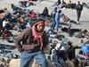 С сегодняшнего дня нелегальным иммигрантам грозит немедленная депортация из Итал