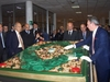 Итальянцы изготовили самый большой Коран в мире, который будет подарен президент