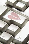 Итальянцы все чаще изменяют своим супругам через знакомства в Интернете